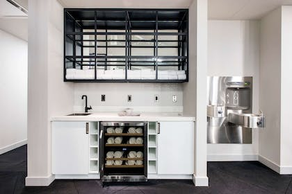 Health club fitness center gym   LondonHouse Chicago, Curio Collection by Hilton