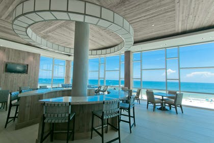 Lobby View | Best Western Premier The Tides