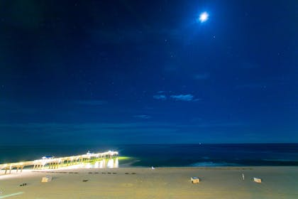 Night View | Best Western Premier The Tides