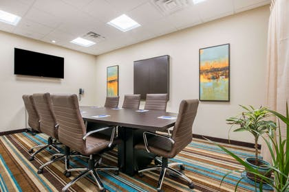 Meeting Room | Hawthorn Suites by Wyndham Bridgeport/Clarksburg