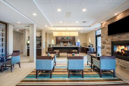 Lobby | Hawthorn Suites by Wyndham Bridgeport/Clarksburg