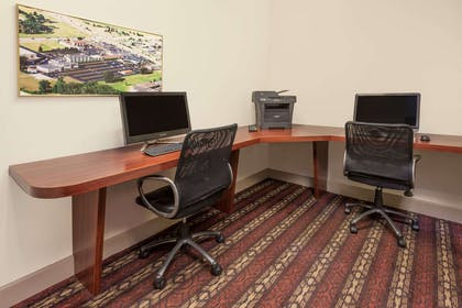 Business Center | Wyndham Garden Sterling Heights