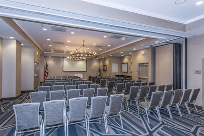 Meeting Room | DoubleTree by Hilton Hotel North Charleston - Convention Center