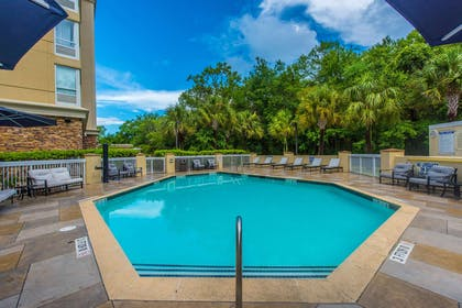 Pool | DoubleTree by Hilton Hotel North Charleston - Convention Center