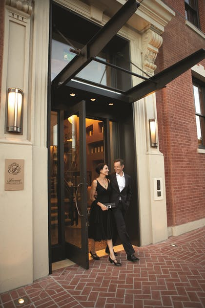 Hotel Entrance | Fairmont Heritage Place, Ghirardelli Square