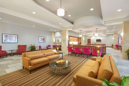Lobby | Homewood Suites by Hilton Houston Downtown