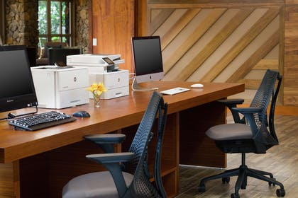 Business Center | Hilton Garden Inn Kauai Wailua Bay