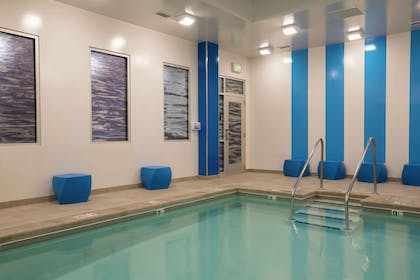 Pool   Homewood Suites by Hilton Grand Rapids Downtown