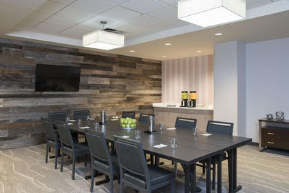 Meeting Room | Home2 Suites by Hilton Indianapolis Downtown