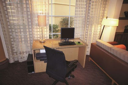 Business Center   La Quinta Inn & Suites by Wyndham Raleigh/Durham Southpoint