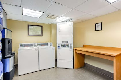 Laundry   La Quinta Inn & Suites by Wyndham Raleigh/Durham Southpoint