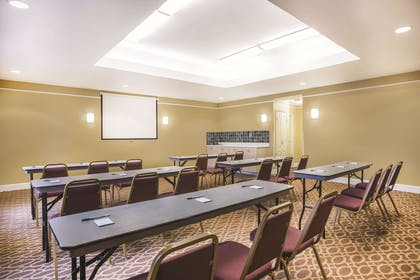 Meeting Room | La Quinta Inn & Suites by Wyndham Atlanta Stockbridge