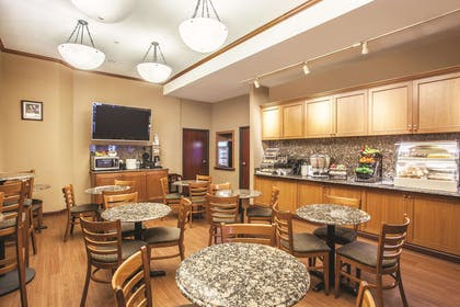Property amenity | La Quinta Inn & Suites by Wyndham Portland Airport