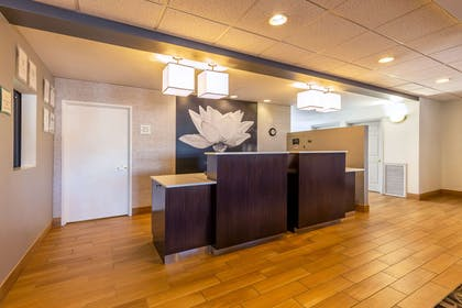Reception | La Quinta Inn & Suites by Wyndham Spokane Valley