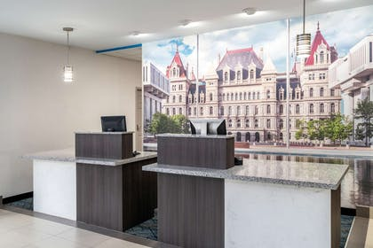 Reception | La Quinta Inn & Suites by Wyndham Latham Albany Airport