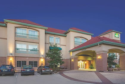 Exterior | La Quinta Inn & Suites by Wyndham Houston West at Clay Road