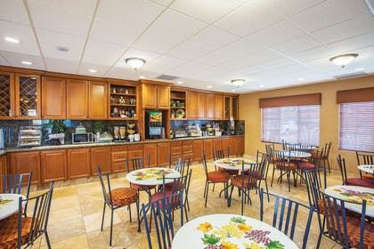 Property amenity | La Quinta Inn & Suites by Wyndham Paso Robles