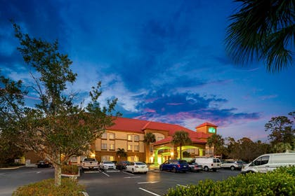 Exterior | La Quinta Inn & Suites by Wyndham Fort Myers Airport
