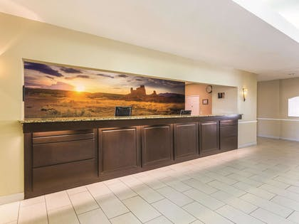 Lobby | La Quinta Inn & Suites by Wyndham Deming