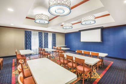 Meeting Room | La Quinta Inn & Suites by Wyndham Oklahoma City - Moore
