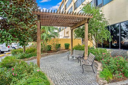 Property amenity | La Quinta Inn & Suites by Wyndham New Orleans Airport
