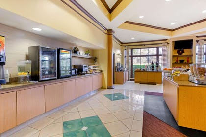 Property amenity | La Quinta Inn & Suites by Wyndham Raleigh Cary