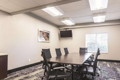 Meeting Room | La Quinta Inn & Suites by Wyndham Atlanta Conyers