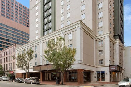 Exterior | La Quinta Inn & Suites by Wyndham New Orleans Downtown