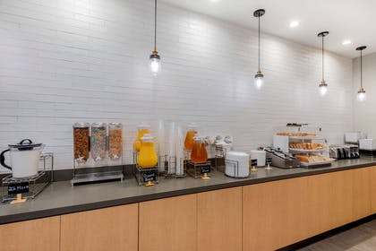 Property amenity   La Quinta Inn & Suites by Wyndham New Orleans Downtown