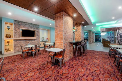 Property amenity | La Quinta Inn & Suites by Wyndham New Orleans Downtown