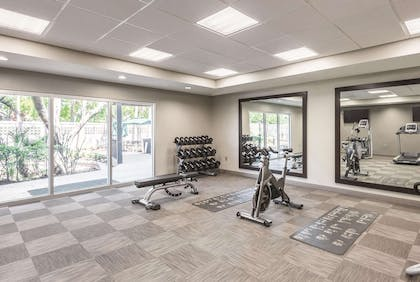 Health club | La Quinta Inn & Suites by Wyndham Orlando Lake Mary