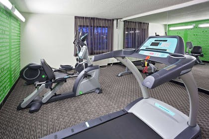 Health club | La Quinta Inn & Suites by Wyndham Cleveland Macedonia