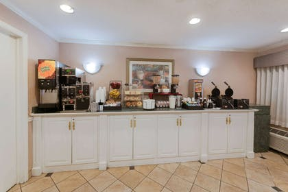 Property amenity | La Quinta Inn by Wyndham Cleveland Independence