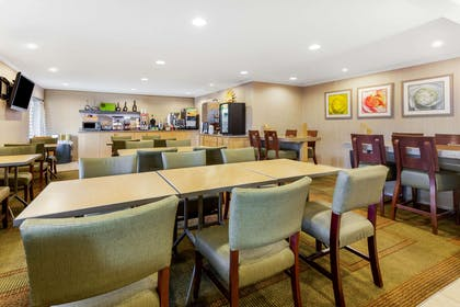 Property amenity | La Quinta Inn by Wyndham Chicago Willowbrook