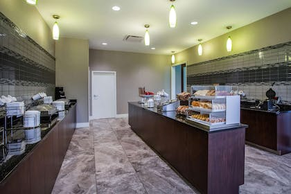 Property amenity | La Quinta Inn & Suites by Wyndham Virginia Beach