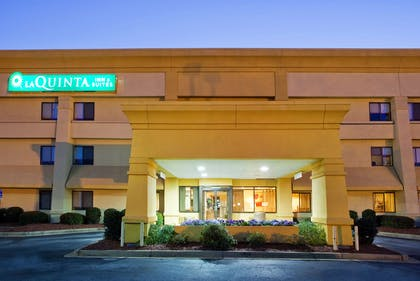 Exterior | La Quinta Inn & Suites by Wyndham Columbus State University
