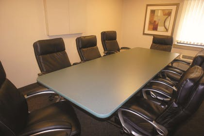 Meeting Room | La Quinta Inn by Wyndham Indianapolis Airport Executive Dr