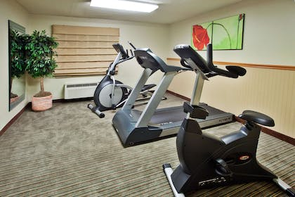 Health club | La Quinta Inn & Suites by Wyndham Savannah Southside
