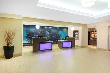 reception | La Quinta Inn & Suites by Wyndham Midland North