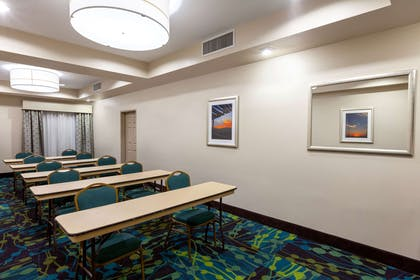 Meeting Room | La Quinta Inn & Suites by Wyndham Midland North