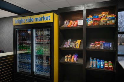 Property amenity   La Quinta Inn & Suites by Wyndham Knoxville East