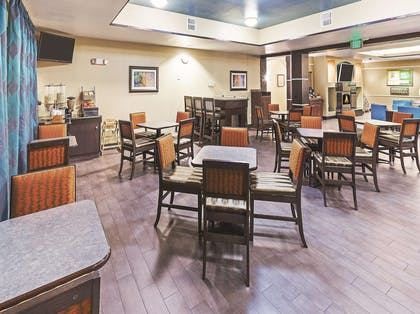 Property amenity | La Quinta Inn & Suites by Wyndham Houston Hobby Airport