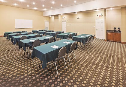 Meeting Room | La Quinta Inn & Suites by Wyndham I-20 Longview South