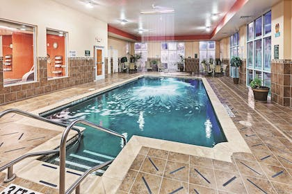 Pool | La Quinta Inn & Suites by Wyndham Burleson