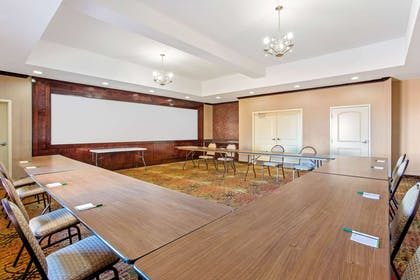 Meeting Room | La Quinta Inn & Suites by Wyndham Burleson