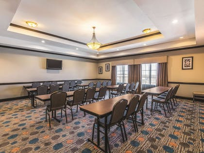 Meeting Room | La Quinta Inn & Suites by Wyndham Fort Worth - Lake Worth