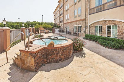 Pool | La Quinta Inn & Suites by Wyndham Allen at The Village