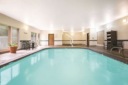 Pool | La Quinta Inn by Wyndham Olympia - Lacey