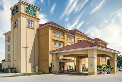 Exterior | La Quinta Inn & Suites by Wyndham Brownwood