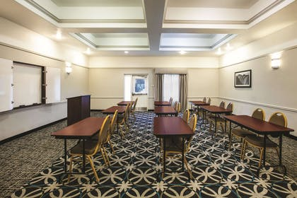 Meeting Room | La Quinta Inn & Suites by Wyndham Brownwood